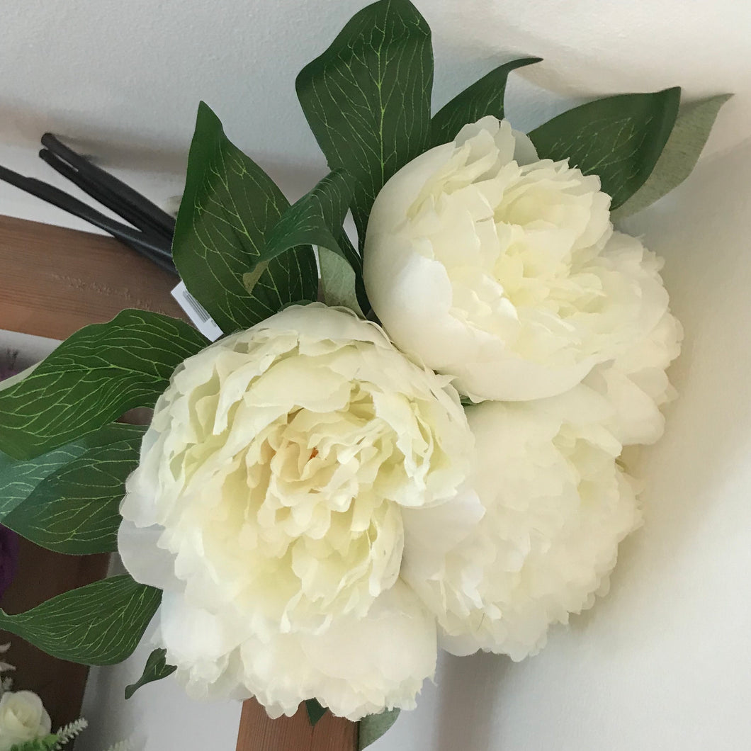 artificial ivory peony bunch