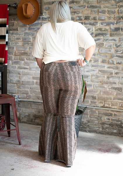The Rattler - plus size flares