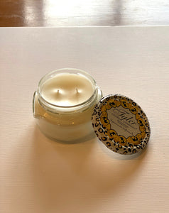 Photo of 11 oz Diva Candle