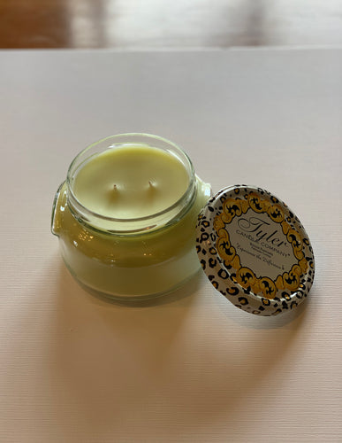22 oz limelight candle