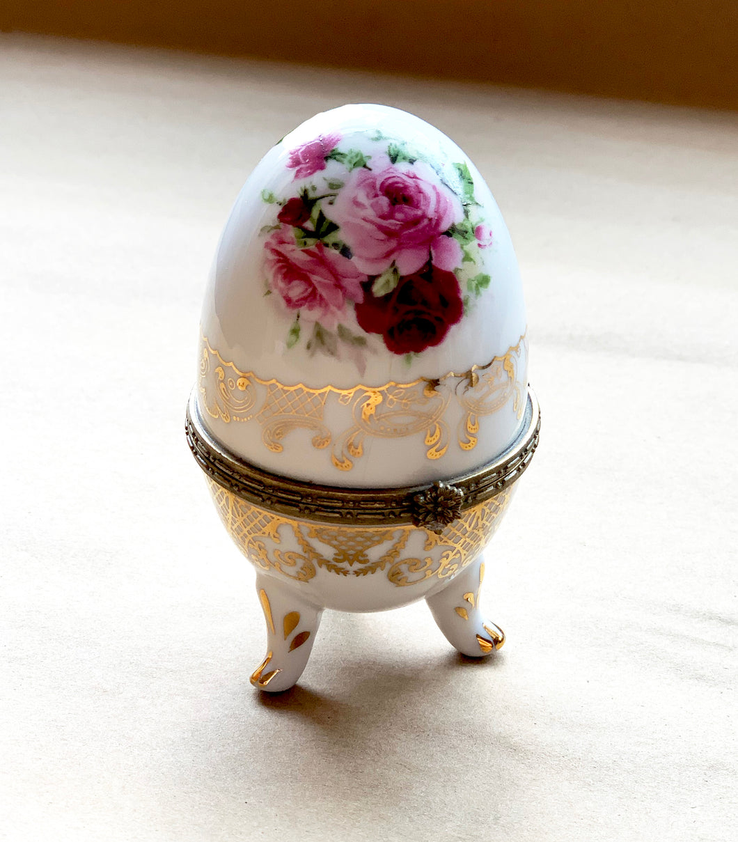 Porcelain Egg with Roses and Gold Painted Surround, Collectible
