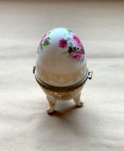Side of Porcelain Egg with Roses and Gold Painted Surround, Collectible