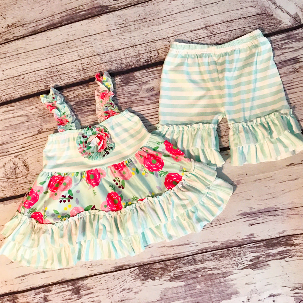 The Rylee Tunic & Ruffle Shorts Set