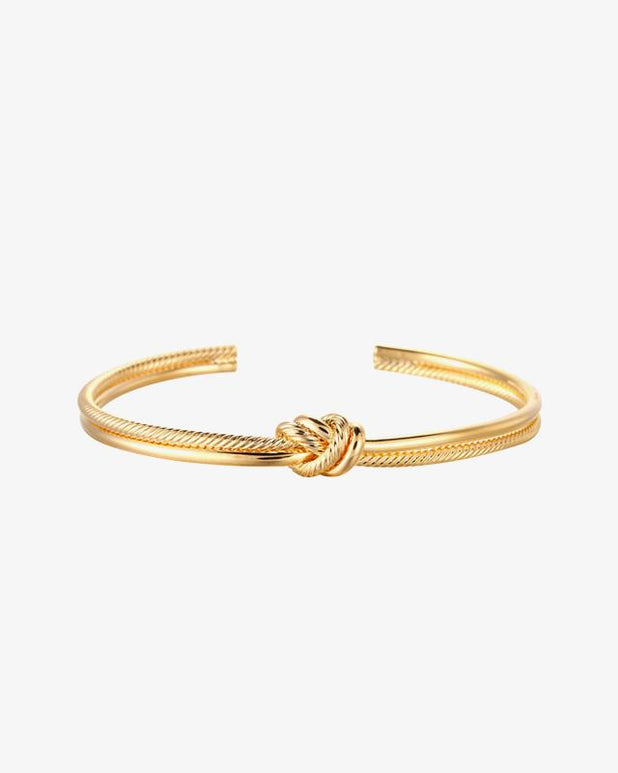 Knot Bracelet - Gold - we are SASSY.