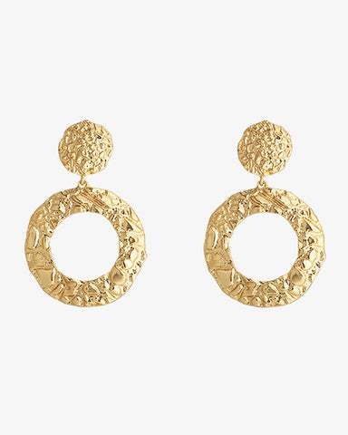 Pretty Circles Earrings - Gold - we are SASSY.
