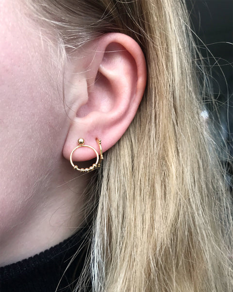 Tiny Rounds Earrings - Gold