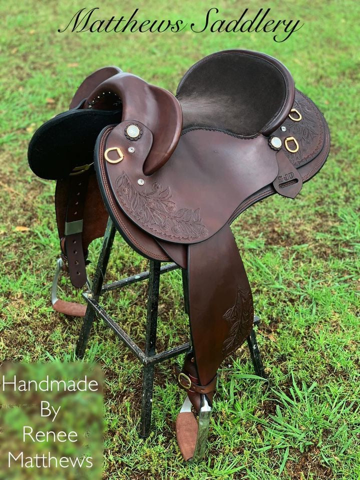 SUSAN'S Fender Saddle