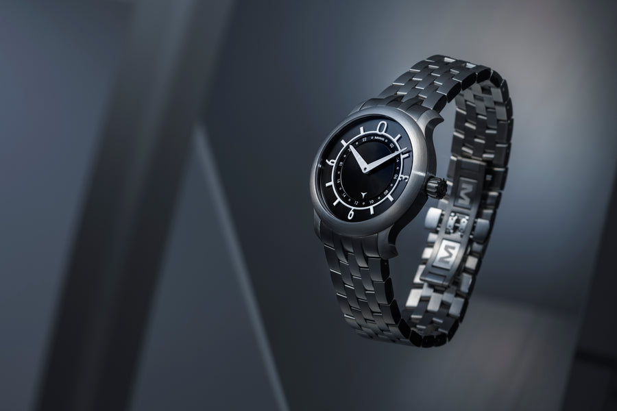 MING 17.03 GMT - Black dial