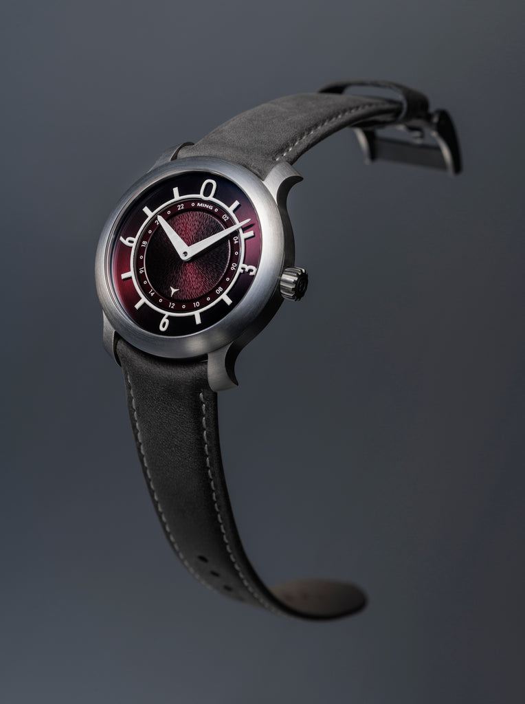 MING 17.03 GMT - Burgundy dial, with Straps
