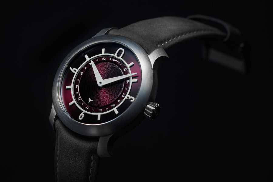MING 17.03 GMT - Burgundy dial