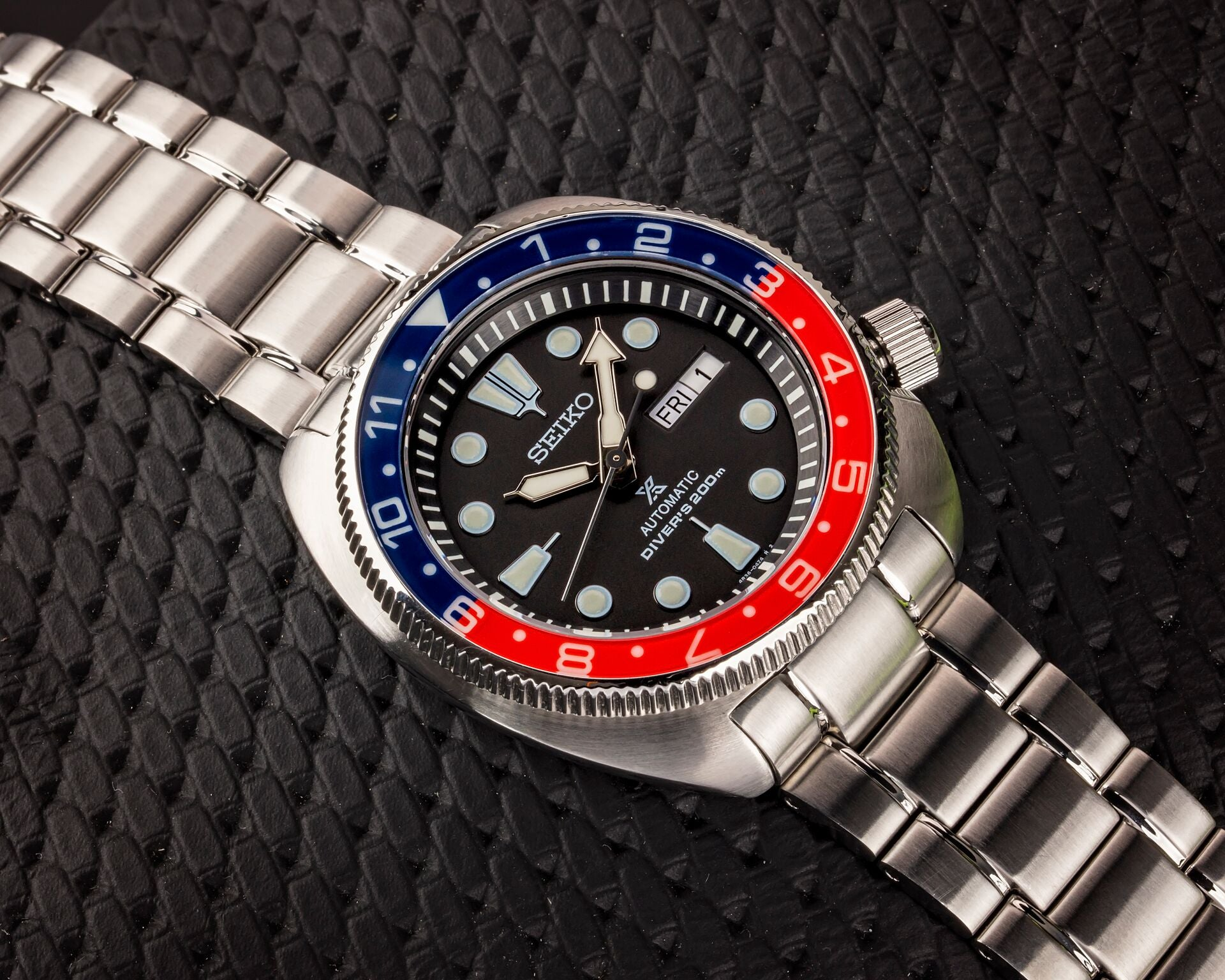 "NEW !!! Turtle ""12 Hour Style"" - Lumed Sapphire ""Pepsi"" Bezel Insert"