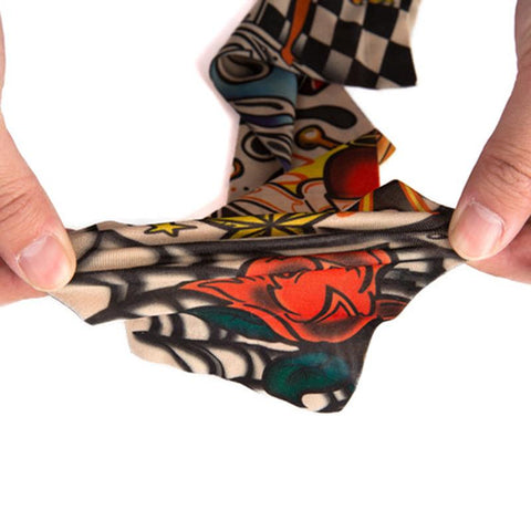 Picture showing how the tattoo sleeves stretch.