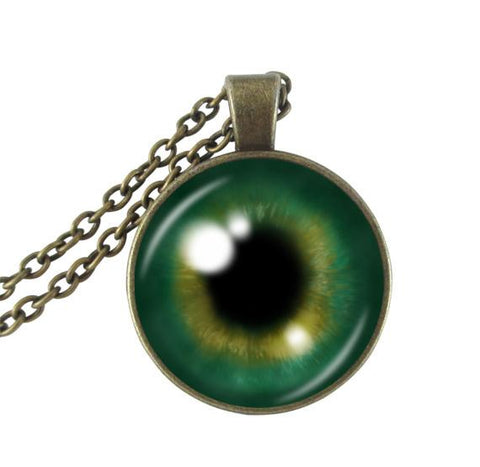 Green eye necklace.