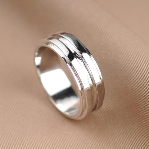 Dean Winchester's silver ring top view.