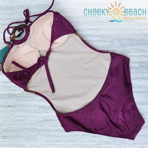 Elegant 1-piece bathing suit