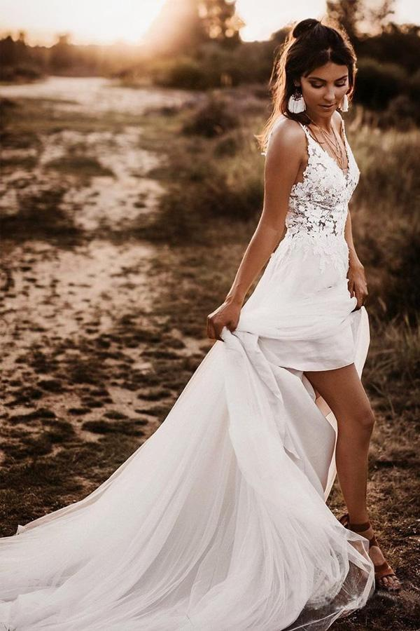 White A-line Lace Bodice V-neck Backless Wedding Dresses Bridal Dresses PW249 - Promnova.com