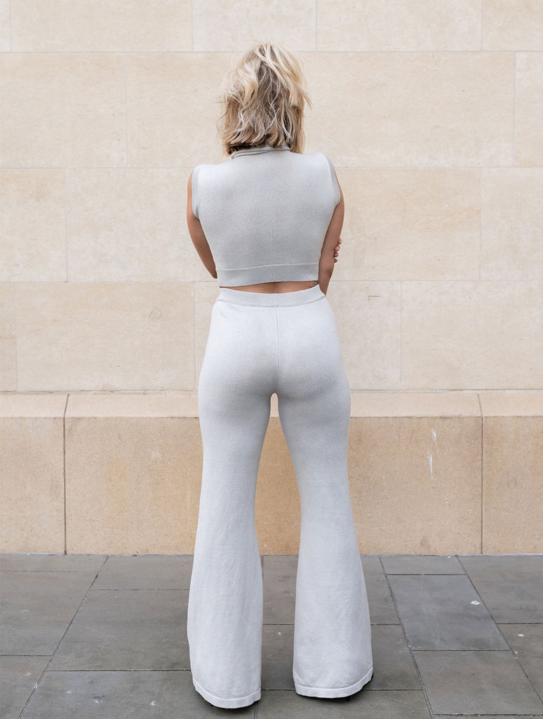 THE KNITTED FLARE TROUSER