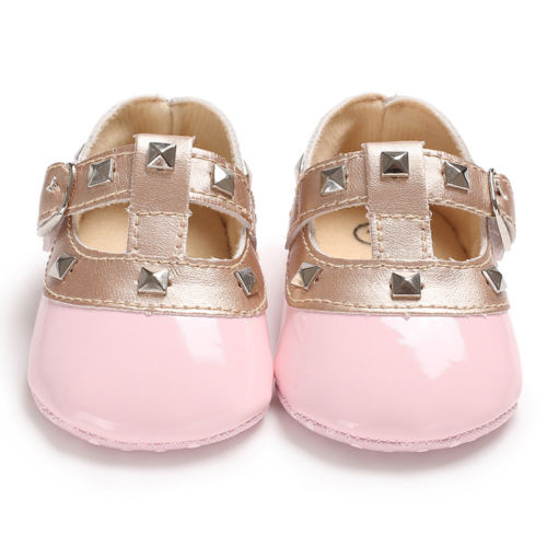 Willow's Crib Shoes