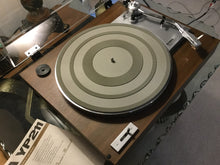 YAMAHA YP-211 TURNTABLE, JUST ABOUT MINT, GRADO CARTRIDGE, NEW LID, OWNERS MANUAL