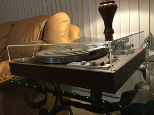 YAMAHA YP-B4 TURNTABLE, NEAR MINT, NEW LID, STANTON CARTRIDGE, SERVICED