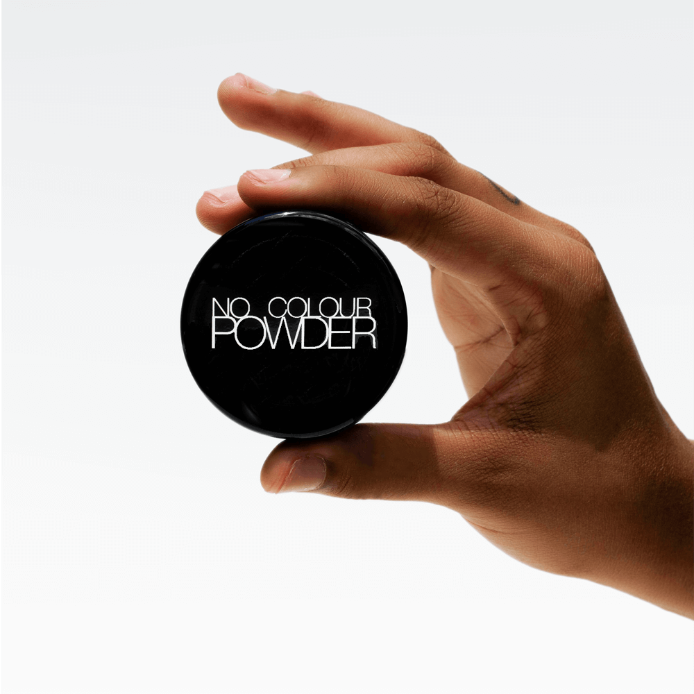 No Colour Powder is a long-lasting formula that combines lightweight, breathable triple-milled rice powder, which blends in fine lines and wrinkles, ensures smudge-resistance, keeping your foundation in place and stay shine-free all day.