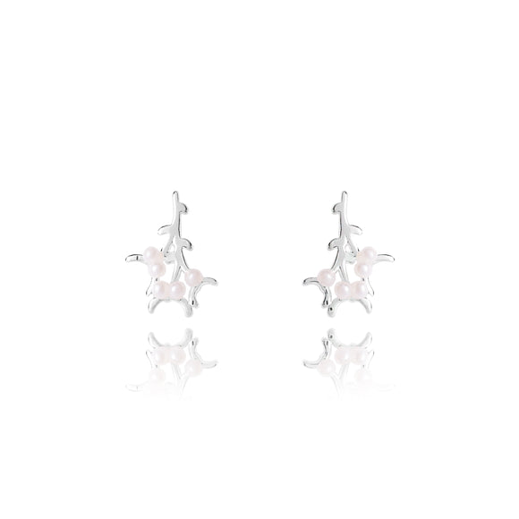 gifteasyonline - MEET ME UNDER THE MISTLETOE - silver and pearl studs - Joma Jewellery - earrings