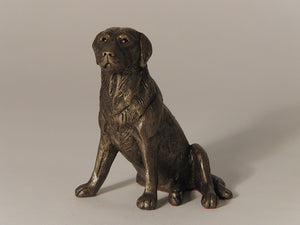 gifteasyonline - Nigel', Labrador Sitting, Cold Cast Bronze Sculpture by Bulgarian sculpture Mitko. An ideal gift for the dog lover (MK004). - Frith - Frith
