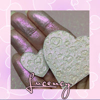 Lucency Duo Chrome Pressed Heart Highlighter Eyeshadow Topper
