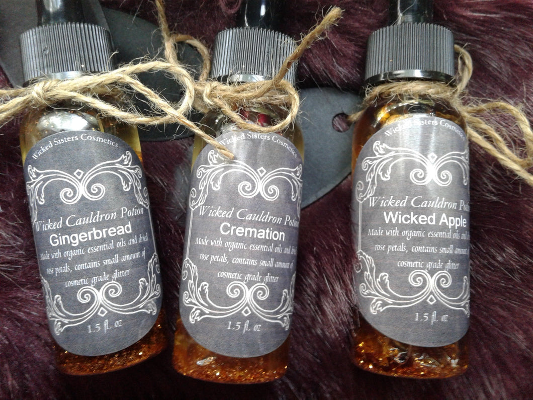 New! Gingerbread -Wicked Cauldron Potion