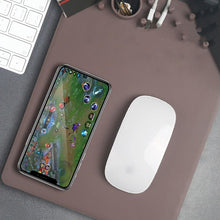 Load image into Gallery viewer, Mouse Pad Built in Wireless Charger - Fast-Selections