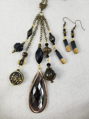 Antique Black Necklace with Earrings