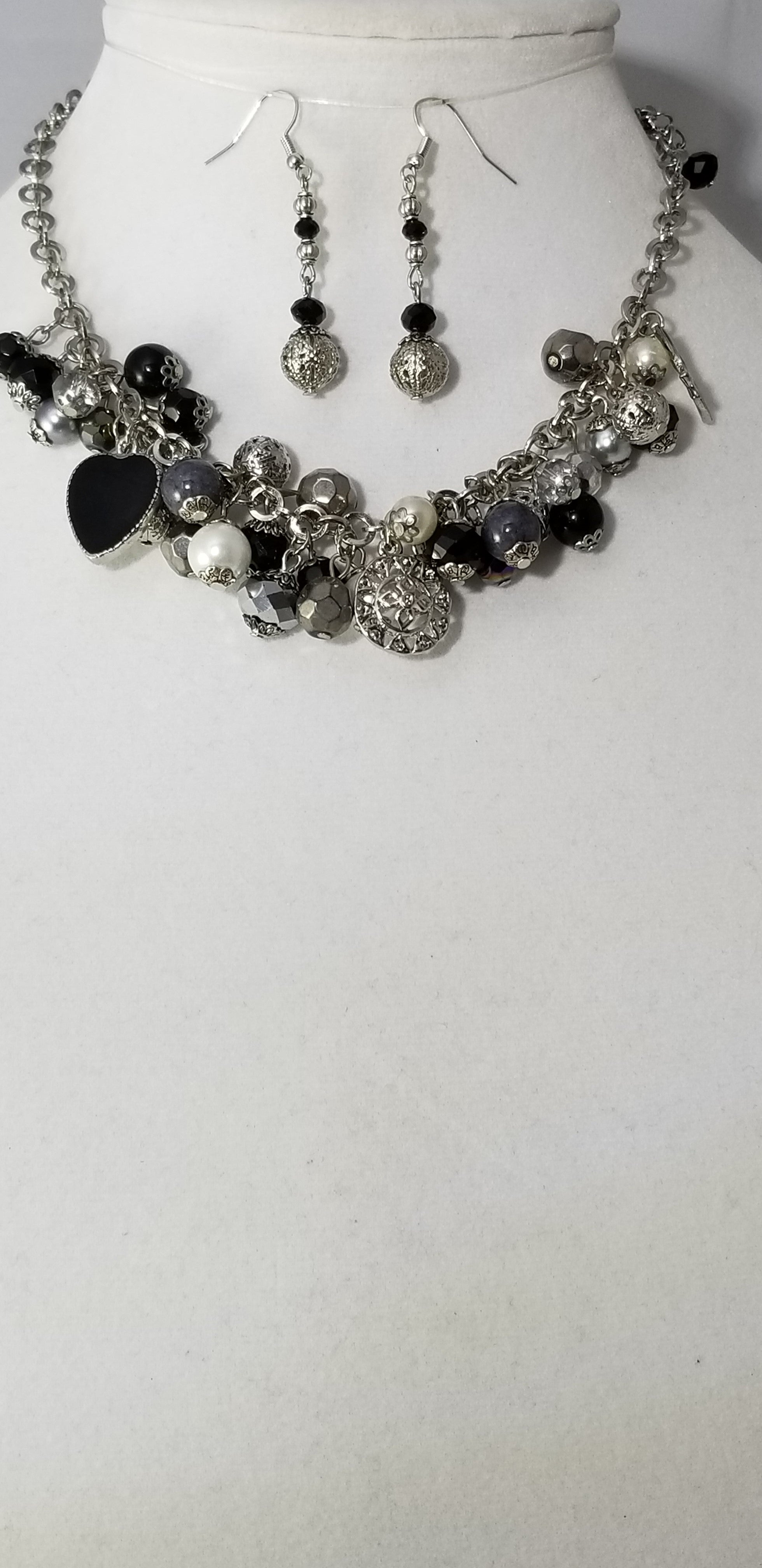 Black Night Necklace with Earrings