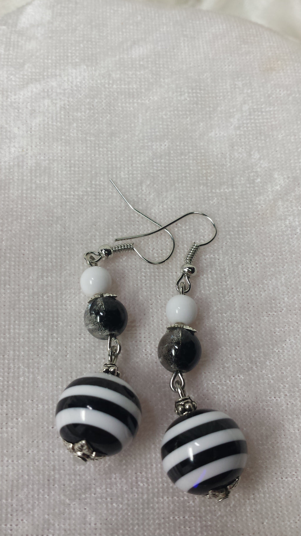 Black and White Sixties Flair Earrings