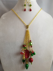 Christmas Time Necklace with Earrings