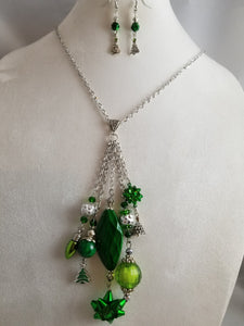 Everything Green Necklace with Earrings