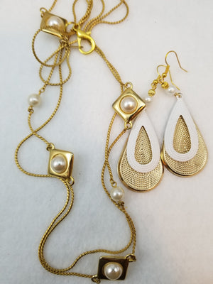 Golden Pearl Necklace with Earrings