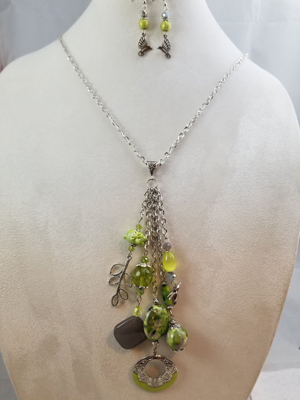 Green Hummers Necklace with Earrings
