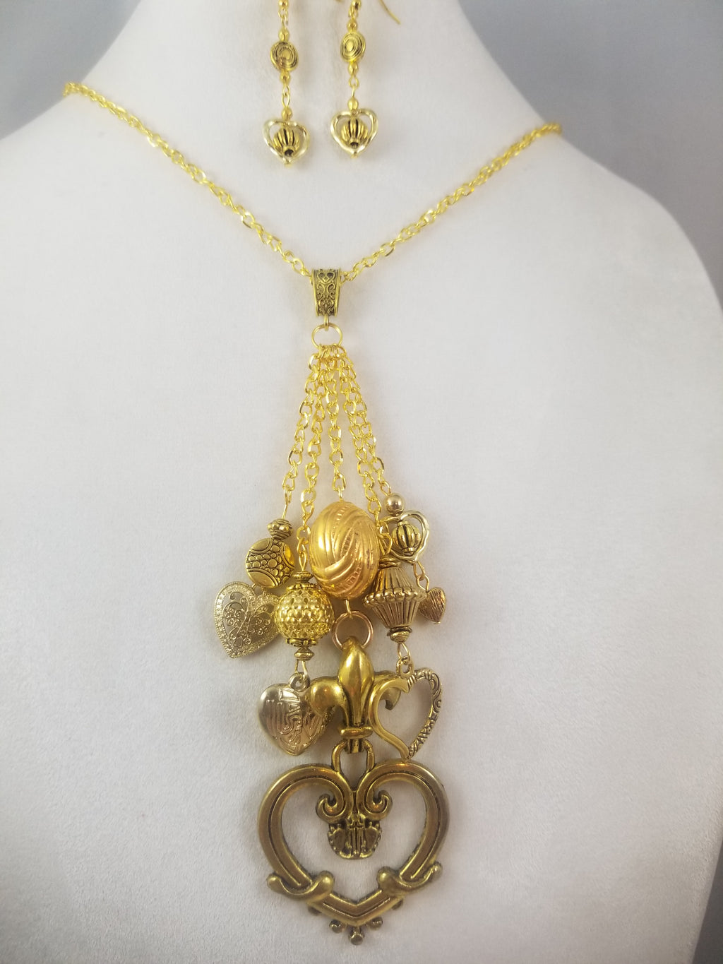 Heart of Gold Necklace with Earrings