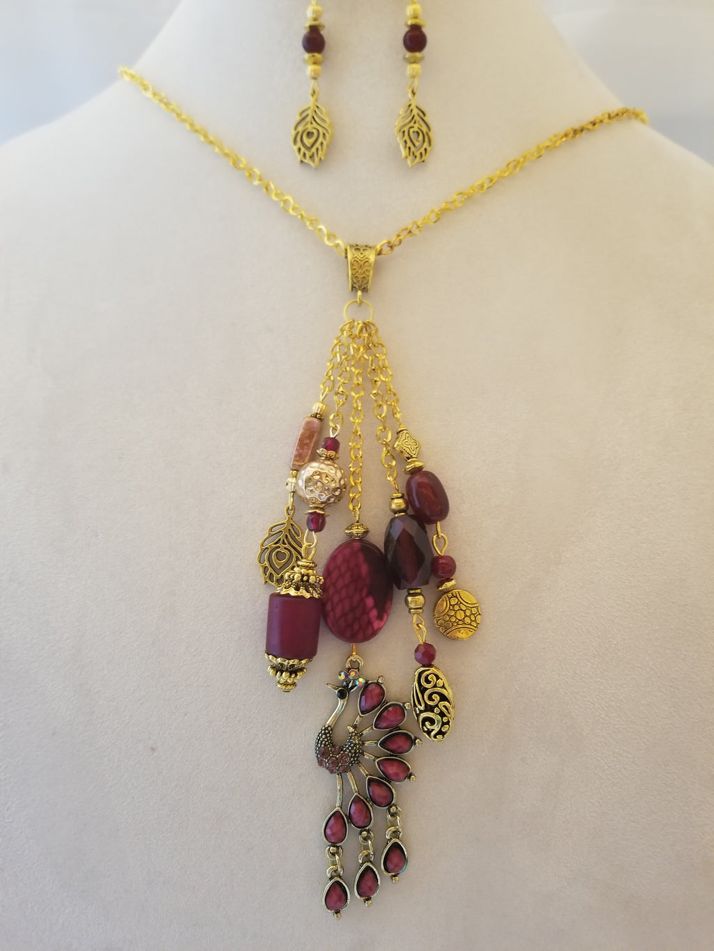 Peacock Wine Necklace with Earrings