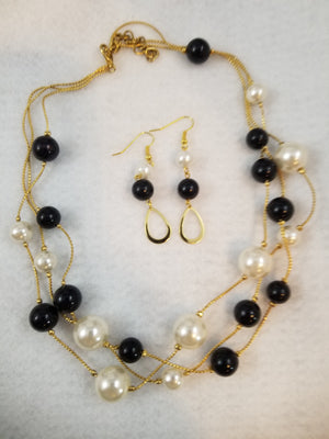 Pretty Bubbles Necklace with Earrings