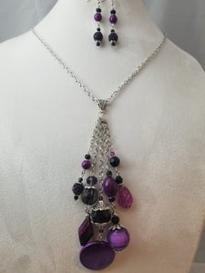Purple Mood Necklace with Earrings