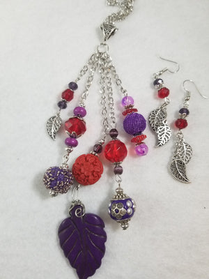 Red Hat 6 Necklace with Earrings