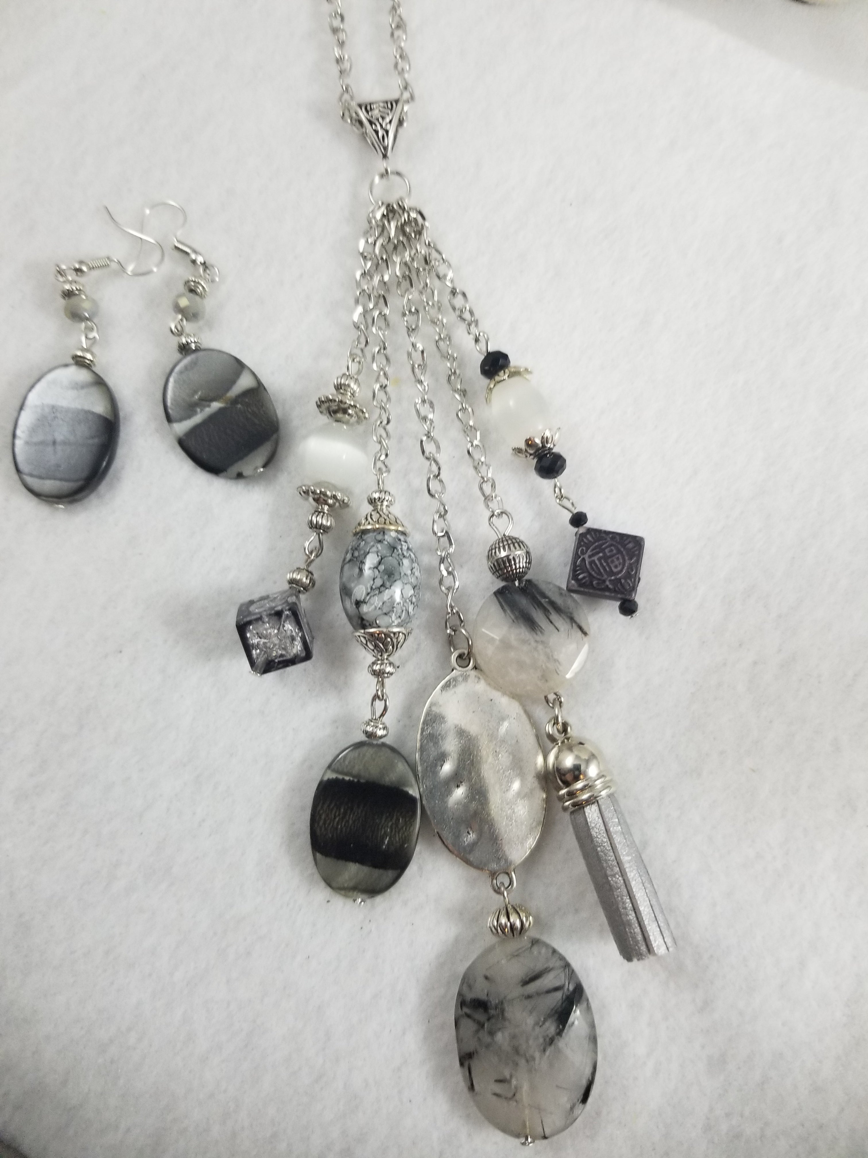 Shades of Gray Necklace with Earrings