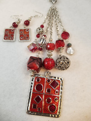 Spicy Necklace with Earrings