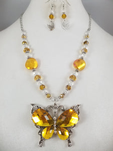 Sunny Butterfly Necklace with Earrings
