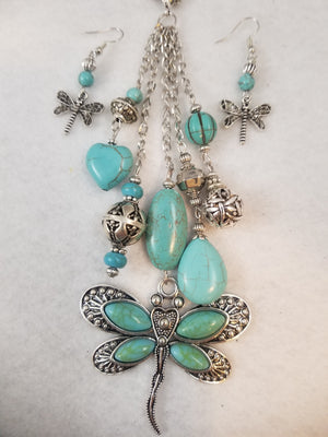 Tucson Dragonfly Necklace with Earrings
