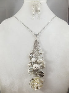 White Garden Necklace with Earrings