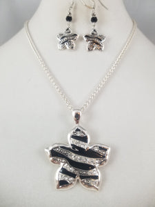 Zebra Starfish Necklace with Earrings