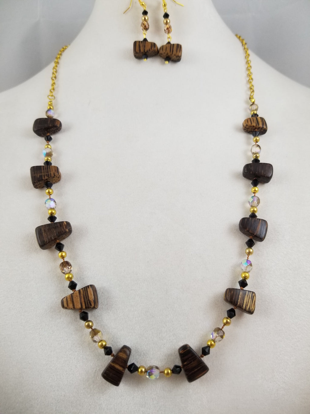 Zebra Wood Necklace with Earrings