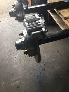 Braked Axle Hydraulic SS 45 Square rated to 1450kg suit Ford or Holden